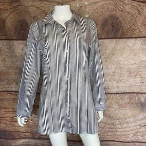 Chicos Button Front Shirt No Iron Size 2/Large